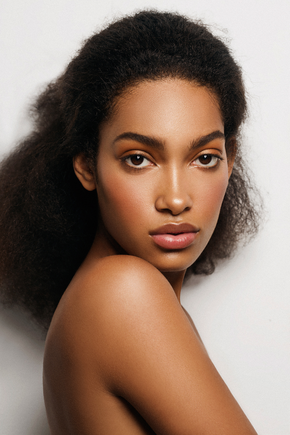 clean_beauty_black_model